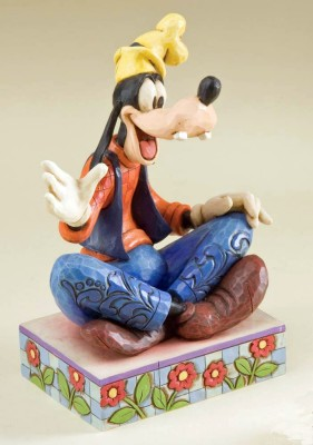 Disney Traditions Goofy Gawrsh! Personality Pose Figurine By Jim Shore