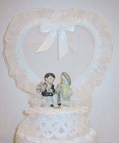 Kim Anderson Heart And Bow With Mini Figurines Wedding Cake Topper