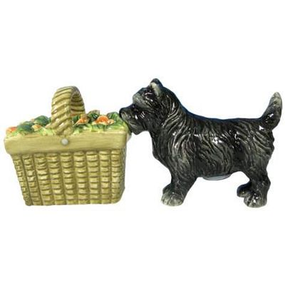 The Wizard Of Oz Toto And Basket Salt And Pepper Shakers