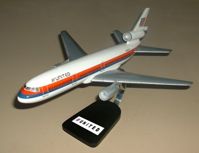 DC-10 United Airlines Custom Scale Model Aircraft