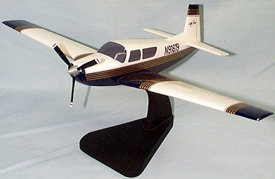 Mooney Ovation 2 M20R Custom Scale Model Aircraft