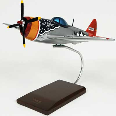 P-47D Thunderbolt Tarheel Hal 1/32 Scale Model Aircraft