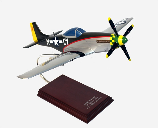 P-51 Mustang Miss Marilyn 1/24 Scale Model Aircraft