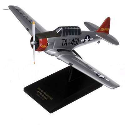 AT-6G Texan (Silver) USAF 1/32 Scale Model Aircraft