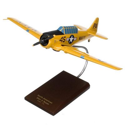 SNJ-3 Texan Navy 1/32 Scale Model Aircraft