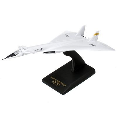 XB-70 Valkyrie 1/150 Scale Model Aircraft