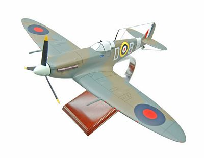 Supermarine Spitfire Mk.VB 1/32 Scale Model Aircraft