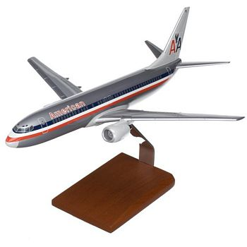 B737-800 American Airlines 1/100 Scale Model Aircraft