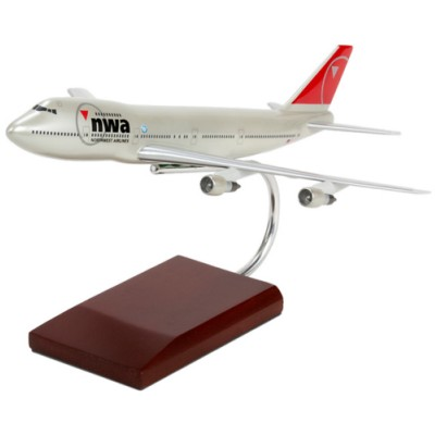 B747-200 Northwest Airlines 1/200 Scale Model Aircraft