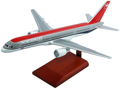 B757-200 Northwest Airlines 1/100 Scale Model Aircraft