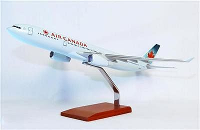 B777-300 Air Canada 1/100 Scale Model Aircraft