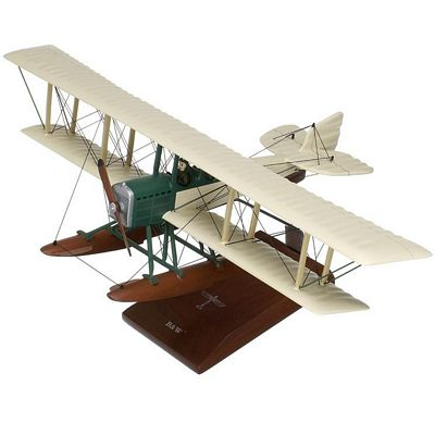 B and W 1/32 Scale Model Aircraft
