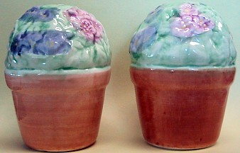 Violet Flowers In Pot Salt And Pepper Shakers