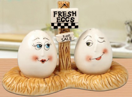 Fresh Eggs Salt And Pepper Shakers With Tray