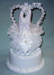 Porcelain Bride And Groom Under Heart With Doves White Cake Top Ornament