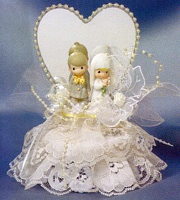 Precious Moments White Cake Topper With Mirrored Heart